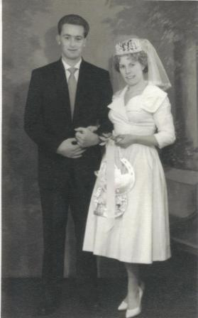 [1958 Andy SMITH's mum and dads wedding]