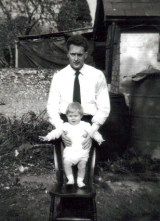 [1960 Andy SMITH and his dad]
